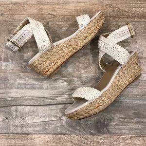 Stuart Weitzman Espadrilles tan low wedge heels
